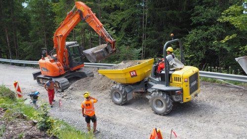 Für die Asphaltierungsarbeiten wird die Furxer Straße jetzt komplett gesperrt. egle