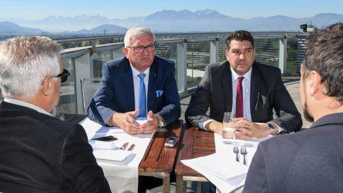 Für Riedl (l.) und Köhlmeier ist die Schweiz bei der Steuerautonomie kein Vorbild.VN/Lerch