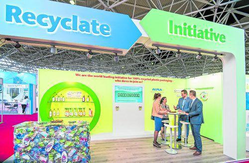 """Gemeinsam mit Werner&Mertz und """"Der grüne Punkt"""" nimmt ALPLA an der Private Label Manufacturers Association (PLMA) teil."""