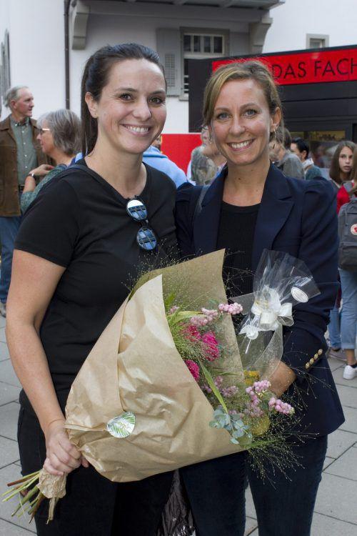 Geschenksbotinnen Katharina Böhler (l.) und Ruth Nußbaumer.