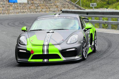 Hubert Ganath kämpft mit seinem Porsche beim Finale des Vorarlberger Automobilcups um den Gesamtsieg.rrcv