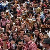 Traumstart für die Wiesn: 800.000 Besucher am ersten Wochenende