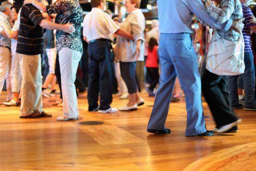 """Im Rahmen der """"Aktion Demenz""""-Woche findet in der Mittelschule Bürs auch ein Tanzcafé für Senioren statt. STB"""