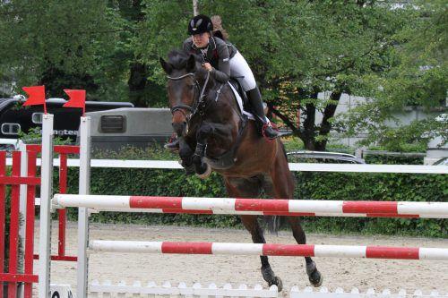 In Bregenz zeigen Pferde und Reiter im September ihr Können auf dem Parcours.h. Schwämmle
