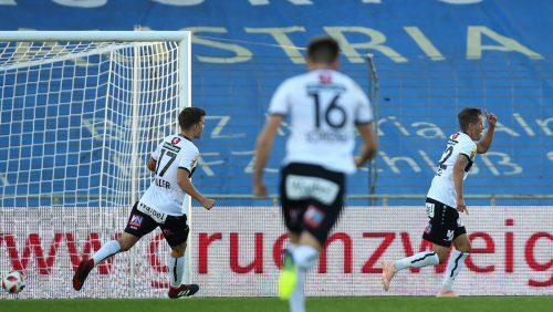 In seinem 44. Spiel für den Cashpoint SCR Altach durfte sich Stefan Nutz (ganz rechts) über seinen ersten Ligatreffer freuen, links Valentino Müller, vorne Emanuel Schreiner.gepa