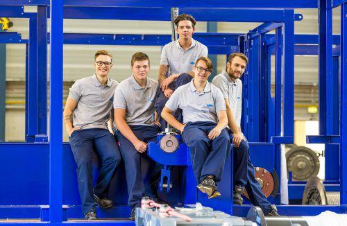 Künz Am 1. September begannen fünf Lehrlinge in ihr Berufsleben bei Künz. Sie starten ihre Ausbildung in den Lehrberufen Mechatronik, Metalltechnik – Stahlbau-/Schweißtechnik und Konstruktion. Künz