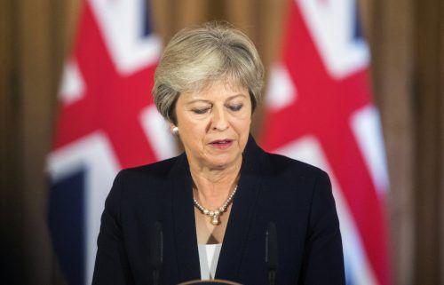 May steht im Tauziehen um den Brexit unter massivem Druck. AP