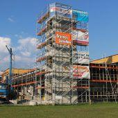 Firstbaum für neues Feuerwehrgerätehaus