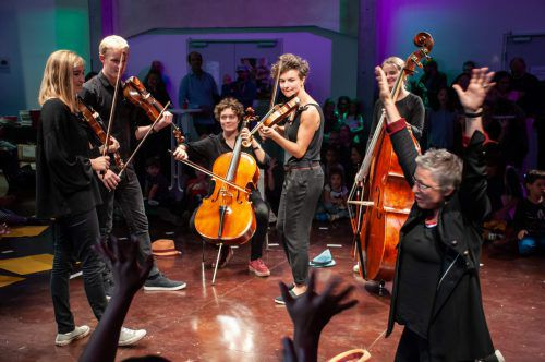 """Messis Cellogruppe in Aktion. Die Besucher der """"Ma hilft""""-Gala dürfen sich freuen. Jachim"""