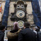 Prags berühmte astronomische Uhr kehrt zurück