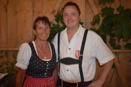 Obmann Florian Eberle und Stellvertreterin Monika Arnold.
