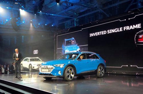 """Optisch """"bekömmlich"""" startet der e-tron die Elektroära bei Audi. Die Preise beginnen bei 82.400 Euro. Der Marktstart erfolgt Anfang 2019. Werk"""