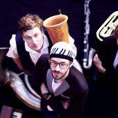 Jazzgrößen souverän in die eigene Welt geholt