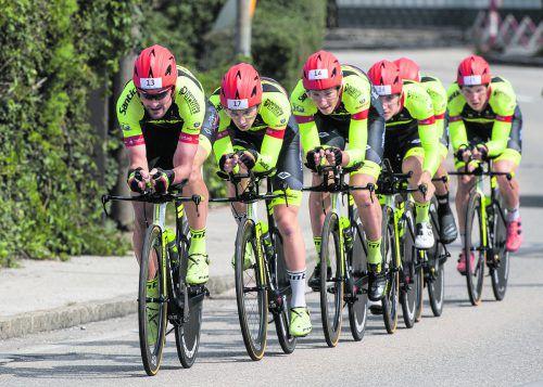 Rad an Rad: Im Teamzeitfahren braucht es viel gegenseitiges Vertrauen, Fahrfehler sind nicht drin.Eisenbauer
