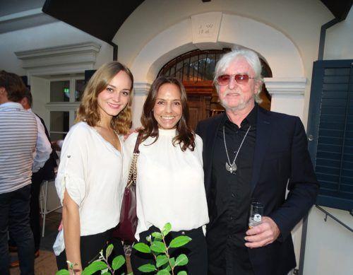 Reinhold Bilgeri mit Gattin Beatrix und Tochter Laura bei der Vorpremiere der Dokumentation im Löwensaal. TF