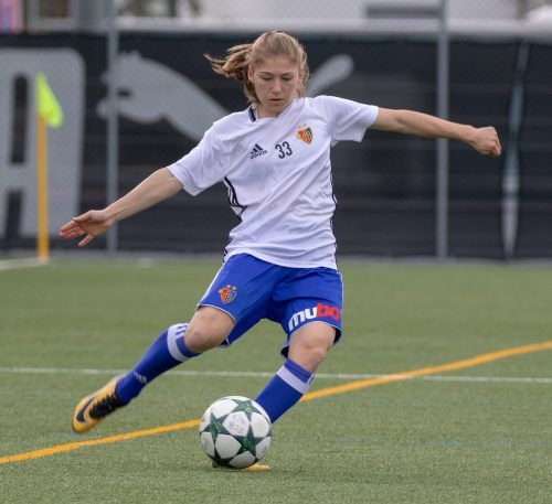 Sarah Klotz trug sich beim 9:0-Erfolg indie Torschützenliste ein. Hepberger