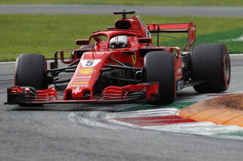Sebastian Vettel und seine Loria müssen funktionieren, um gegen Lewis Hamilton nicht entscheidend ins Hintertreffen zu geraten.ap