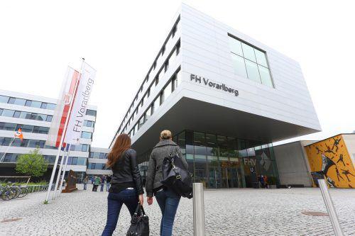 Seit ihrer Gründung vor 25 Jahren hat die FH Vorarlberg fast 5000 Akademiker(innen) ausgebildet.VN/HB