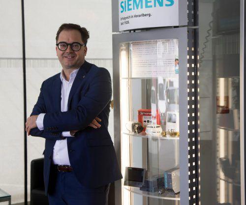 Siemens-Kunden profitieren von der riesigen Menge Wissen, die man innerhalb des Konzerns heranziehen kann, sagt Niederlassungsleiter Paulus Vergeiner. VN/Paulitsch