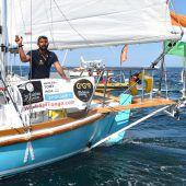 Gekenterter Segler aus Seenot gerettet