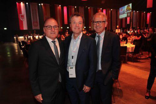 Sponsoren: Burkhard Berchtel (l.) mit Günther Lehner und Christof Germann.