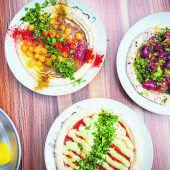 Hummus auf dem Carmel Markt
