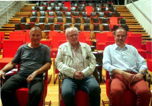 Willi Burtscher und Kurt Koller werden sich beim Festival um die Technik kümmern, während Werner Scheffknecht (r.) die Gesamtorganisation innehat. BI