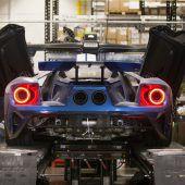 Autonews der WocheVolvo V60 jetzt auch als Plug-In-Hybrid / Porsche bringt Crossovermodell mit E-Antrieb in Serie / Ford baut weitere 350 Exemplare des GT