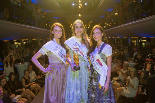 Alma (l.), Daria und Izabela standen in diesem Jahr bei der Vorarlberger Misswahl auf dem Treppchen. VN/STeurer