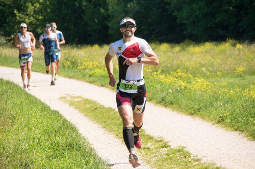 Andreas Gehrer blieb beim ersten Hawaii-Triathlon unter zehn Stunden. Trigantium