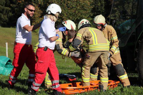 Auch der Abtransport von Verletzten wurde geprobt.