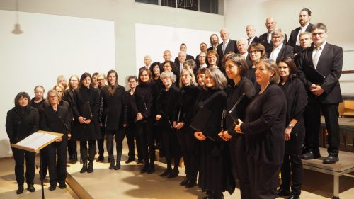 Bei den Altacher Orgelsoireen war dieses Mal der Vorarlberger Madrigalchor unter der Leitung von Guntram Simma zu Gast.Christof Egle