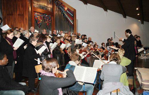 Das Collegium musicum ist für die Aufführung am Christtag eifrig am Proben.