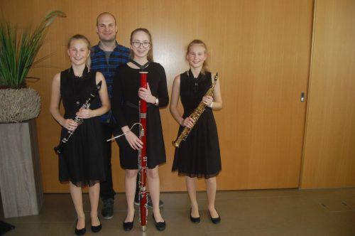 """Das Ensemble """"tres hilkateres"""" erhielt 93 Punkte."""