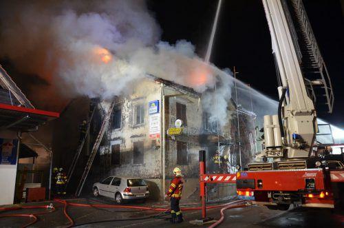 Das Feuer im Gasthaus Sonne war um drei Uhr morgens ausgebrochen und forderte zwei Menschenleben. kapo