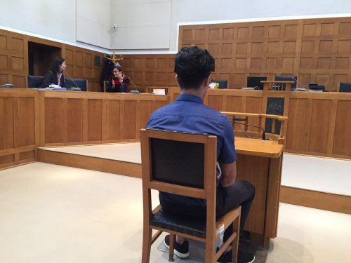 Der Angeklagte nahm das – noch nicht rechtskräftige – Urteil an. vn/gs