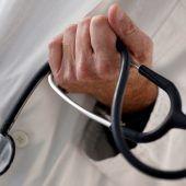 Ärzte dürfen Ärzte anstellen