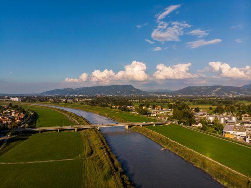 Der Hochwasserschutz am Rhein ist allen ein Anliegen. Am Rhesi-Projekt scheiden sich indes die Geister.VN/Paulitsch