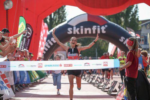 Der Jubel war riesengroß, als die 42-jährige Andelsbucherin Sandra Urach im Sprint die Ziellinie überquerte.