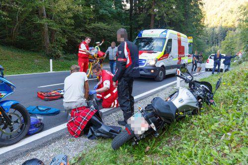Die 18-jährige Motorradfahrerin zog sich beim Unfall eine schwere Knieverletzung zu. hofmeister
