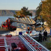 16 Leichtverletzte: Bahn kracht am Bodensee in Lkw