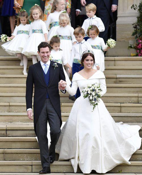 Die britische Prinzessin Eugenie hat am Freitag in Windsor den Geschäftsmann Jack Brooksbank geheiratet. AP