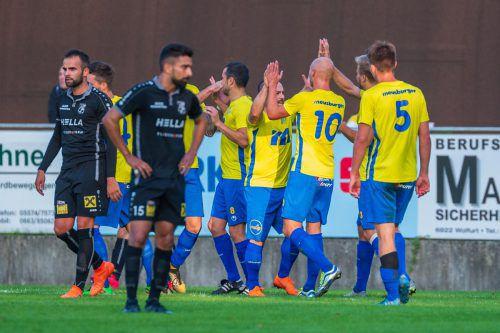 Die Kicker des FC Wolfurt wollen auch am Sonntag über einen Sieg jubeln.vn