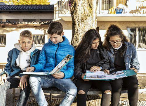 """Die Mappe """"Chancen.Lust"""" liegt ab sofort in Lustenauer Schulen auf. Gemeinde"""