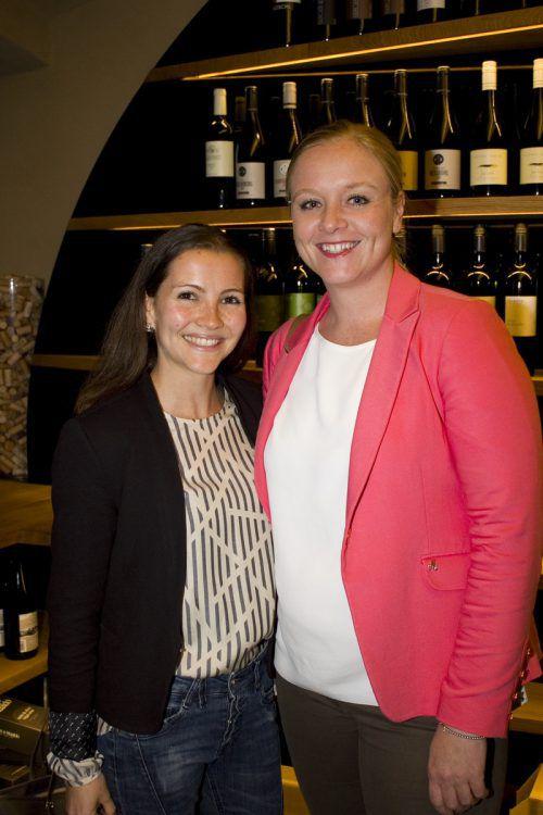 Die Marketing-Expertinnen Andrea Ruckendorfer und Wiebke Meyer.