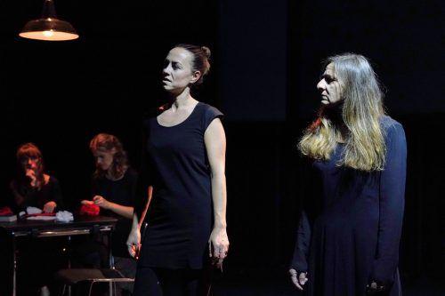 """Mit der aktuellen Produktion """"Ich du er sie es wir ihr sie"""" wird die Arbeit in den Theaterklubs auch unter der Intendantin Stephanie Gräve fortgesetzt. LT/Köhler"""