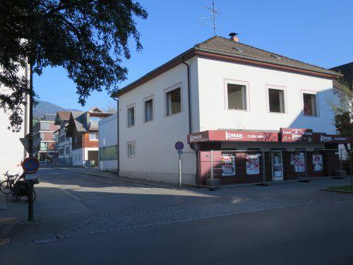 Ehemalige Metzgerei in der Marktstraße weicht einem neuen Wohn- und Geschäftshaus. HA