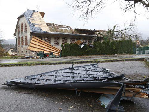 Ein heftiger Sturm richtete in Kärnten schwere Schäden an. APA