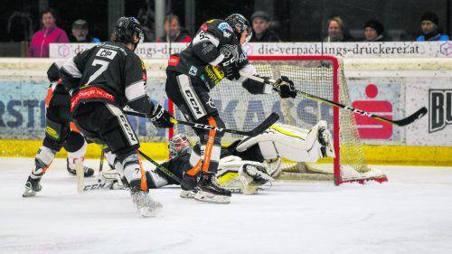 Ein verlässlicher Rückhalt in allen Lagen: Torhüter Rasmus Rinne gab dem Dornbirner EC gegen Graz die Gelegenheit, wieder einen Sieg einzufahren. gepa