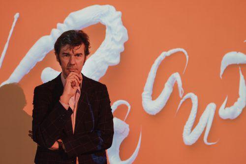 """Grafikdesigner Stefan Sagmeister in seinem """"Beauty""""-Ambiente. Jana Sabo"""